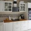 Скандинавская кухня с белой керамической мойкой купленной в Англии!
